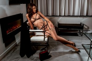 Emmaelle tantra massage & call girl
