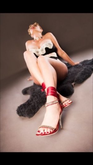 Nursima happy ending massage in Manchester & escort girl